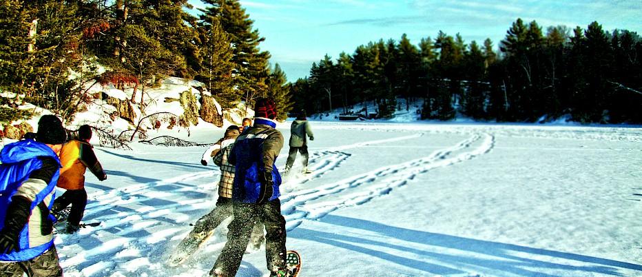 After wake up and breakfast, students can explore the Camp Muskoka trails by snowshoe! This is a fun and invigorating way to enjoy the Muskoka winter landscape and also a great way to get some exercise!